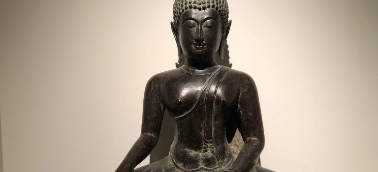 Statut de Bouddha en position de méditation. Musée Guimet