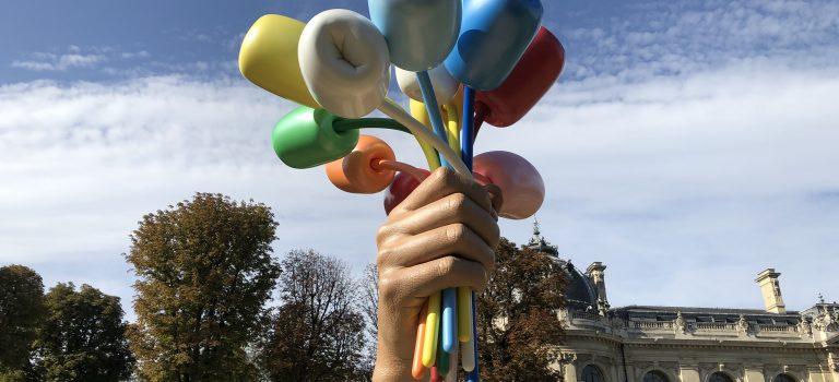 Sculpure en hommage aux victimes des attentats de Paris et Saint-Denis le 13/11/2015